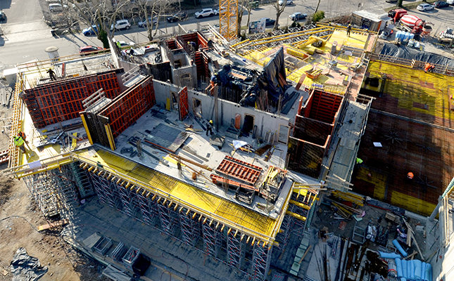 View from above on construction site with LOGO.3 wall formwork system